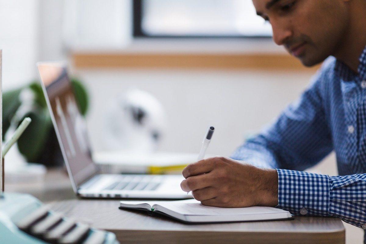公務員から転職する際に使える自己PR文の作り方